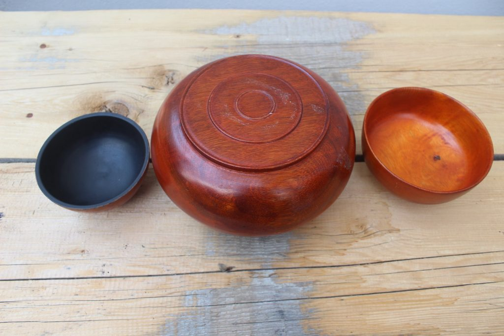 With their expertise Shagzopa can produce highly valuable utilitarian wooden articles from special wood burls and roots of trees. These wooden articles can ... & Shagzo - The Bhutanese art of wood turning | Bhutan Tours-Bhutan ...